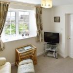 Hotel Pictures: Cronk Darragh Cottage, Castletown