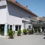 Hotel Pictures: Hotel Papillon, Lappersdorf