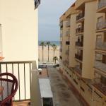 Hotel Pictures: Torremar 2, Torredembarra