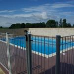 Hotel Pictures: Villa in Saint Quentin De Caplong, Saint-Quentin-de-Caplong