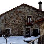 Hotel Pictures: Casa Rural La Casa de Piedra, Navarredonda de Gredos