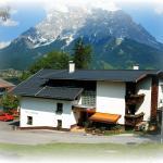 Foto Hotel: Haus Bergfrieden, Lermoos