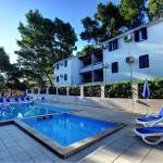 Lina Apartments, Lumbarda