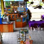 Hotel Pictures: Hotel Oleaje Sereno, Sierpe