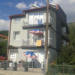 Dzale Apartments, Peštani