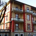 Hotel Pictures: Hotel Almrausch, Bad Reichenhall
