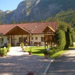 Hotellikuvia: Landhaus Bergidyll, Obertraun
