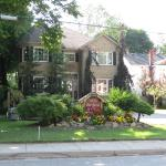 Villa Gardenia Bed & Breakfast, Niagara Falls