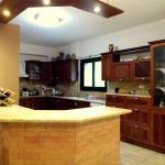 Hotel Pictures: Moniatis Mountain Villa, Moniatis