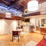 Luxury and Romantic Apartment In Piazza Farnese, Rome