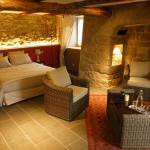 Hotel Pictures: Les Pierres d'Antan, Venteuges