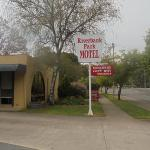 Riverbank Park MOTEL, Bright