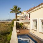 Hotel Pictures: Villa Marguerite, Castelldefels