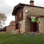 Hotel Pictures: Turismo Rural Can Pol de Dalt - Bed and Bike, Bescanó