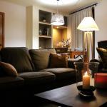 Hotel Pictures: Apartaments Lo Paller, Valencia de Aneu