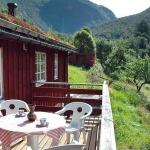 Four-Bedroom Holiday home in Norddal,  Norddal