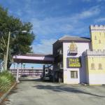 Magic Castle Inn & Suites Motel, Kissimmee