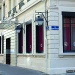 Globe Et Cecil, Lyon
