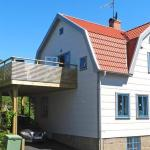 Five-Bedroom Holiday home in Lysekil, Lysekil