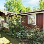Three-Bedroom Holiday home in Mellerud, Stockenäs