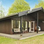 Three-Bedroom Holiday home in Tjörnarp 1, Torup