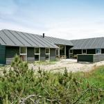 Hotel Pictures: Ten-Bedroom Holiday home in Snedsted, Stenbjerg