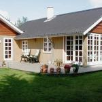 Hotel Pictures: Three-Bedroom Holiday home in Toftlund 1, Toftlund