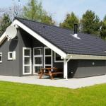Hotel Pictures: Three-Bedroom Holiday home in Oksbøl 2, Oksbøl