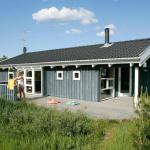 Hotel Pictures: Three-Bedroom Holiday home in Fjerritslev 3, Torup Strand