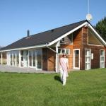 Hotel Pictures: Three-Bedroom Holiday home in Sjællands Odde 2, Yderby