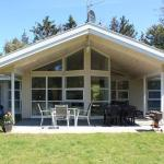Hotel Pictures: Four-Bedroom Holiday home in Vejby 2, Vejby