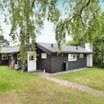 Three-Bedroom Holiday home in Vejby 9, Vejby