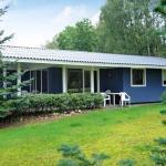 Two-Bedroom Holiday home in Fårvang 3,  Fårvang