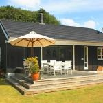Hotel Pictures: Three-Bedroom Holiday home in Dronningmølle 7, Gilleleje