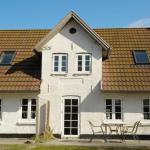 Hotel Pictures: Two-Bedroom Holiday home in Ribe 3, Ribe