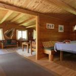 Hotel Pictures: Three-Bedroom Holiday home in Stege 9, Hegningen