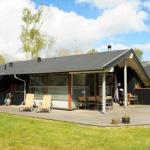 Three-Bedroom Holiday home in Grenaa 5, Grenå