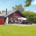 Two-Bedroom Holiday home in Hemmet 19,  Falen