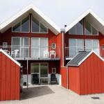 Hotel Pictures: Three-Bedroom Holiday home in Løkken 47, Løkken