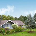 Hotel Pictures: Three-Bedroom Holiday home in Rødby 29, Kramnitse