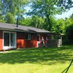 Hotel Pictures: Two-Bedroom Holiday home in Fårvang 6, Fårvang