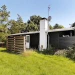 Hotel Pictures: Two-Bedroom Holiday home in Vejby 8, Vejby