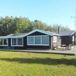 Four-Bedroom Holiday home in Sjællands Odde 1, Yderby