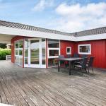 Hotel Pictures: Three-Bedroom Holiday home in Hejls 24, Hejls