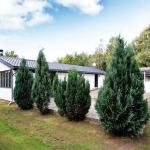 Hotel Pictures: Three-Bedroom Holiday home in Oksbøl 47, Oksbøl