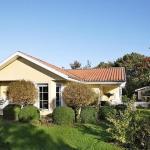 Hotel Pictures: Four-Bedroom Holiday home in Skals 3, Sundstrup