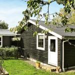 Hotel Pictures: Two-Bedroom Holiday home in Bogø By 4, Bogø By