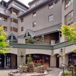 Hotel Pictures: Whistler Peak Lodge, Whistler