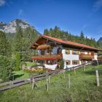 Hotel Pictures: Haus Almfrieden, Ramsau