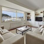 Playa de La Concha 3 Apartment by FeelFree Rentals, San Sebastián